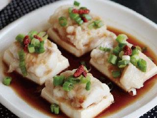 药膳佳肴 健康饮食——豆腐鲜蒸海鱼