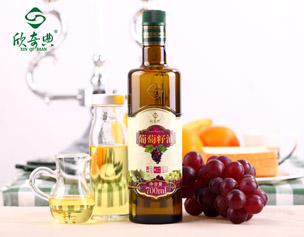 """Xinqidian"" Grape seed oil -700ml"